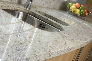 KASHMIR WHITE GRANITE TOP